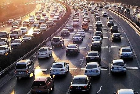 """""""互联网+""""解决城市交通拥堵难题"""